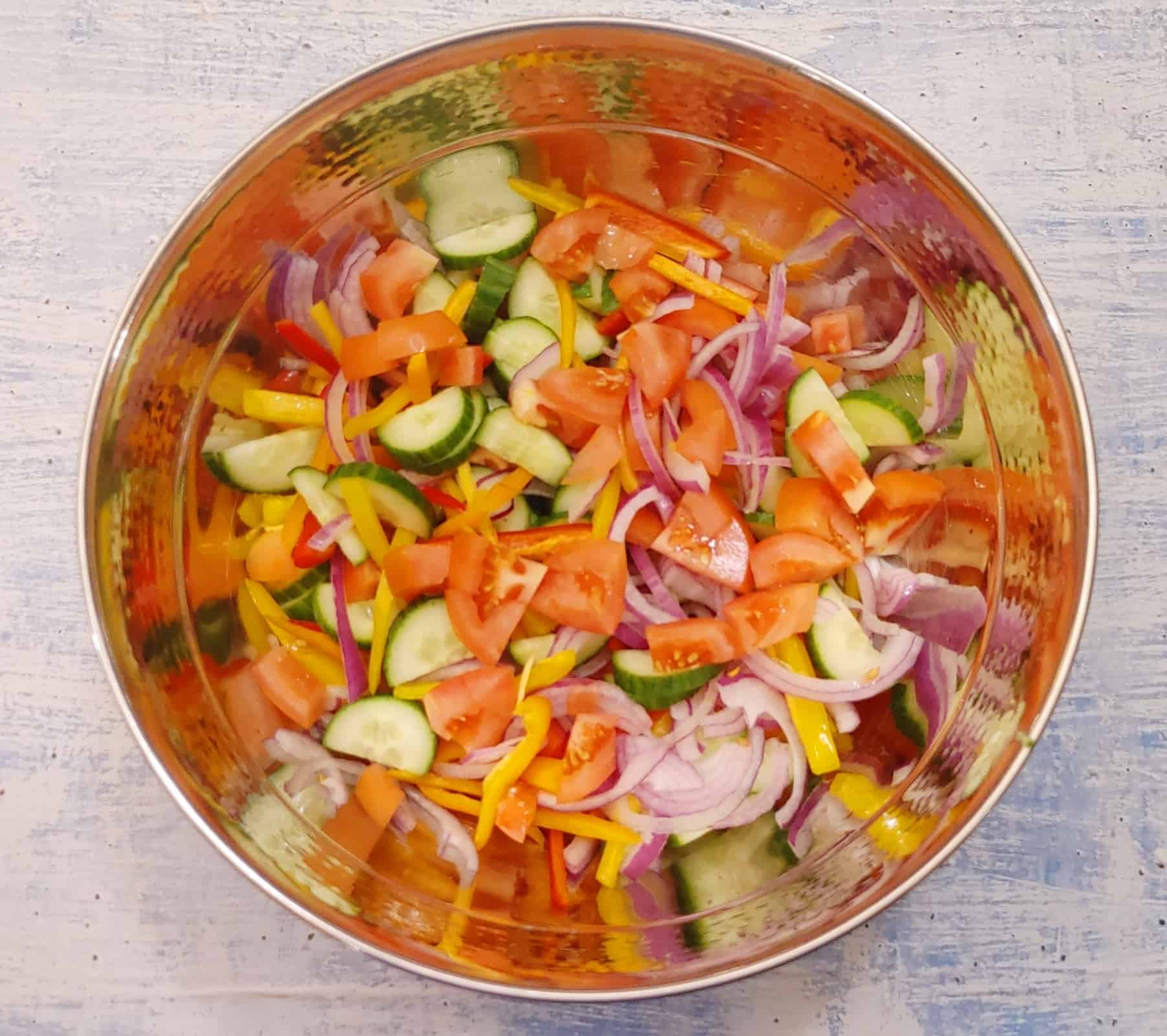 Easy Garden Salad with Lime Buttermilk Ranch Dressing