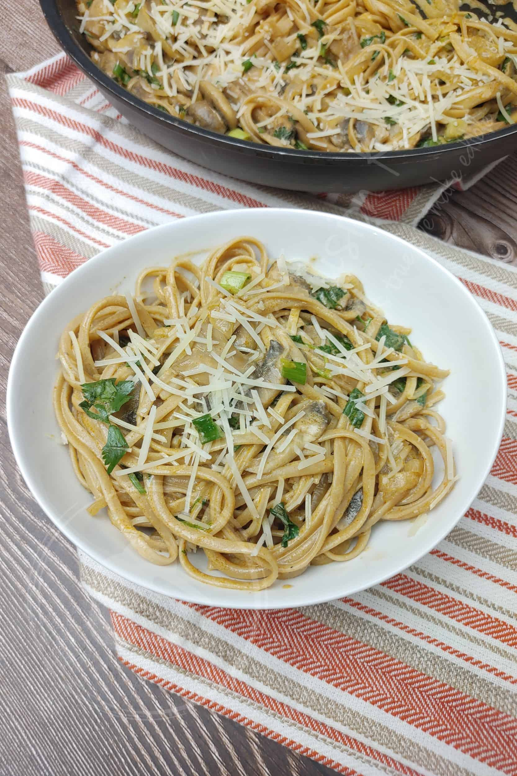 Creamy Pasta with Mushrooms and Caramelized Onion